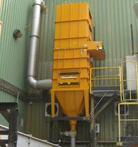[Translate to Czech:] Furnace extraction of a zinc smelter